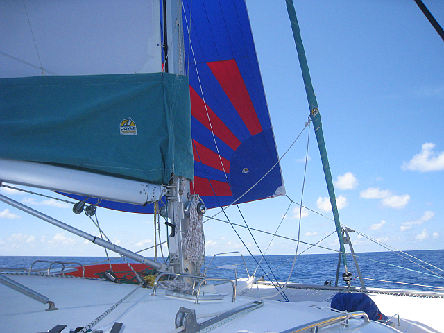 spinnaker set on beam reach
