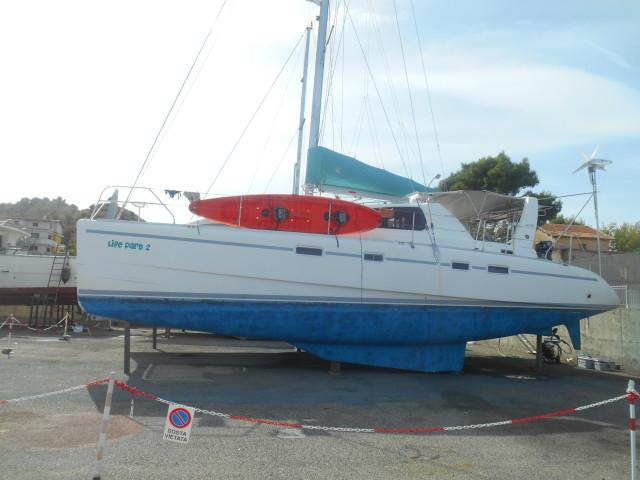 Life Part 2 sitting on the hard at Cariati Marina