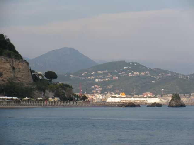 Salerno, seen from our anchorage around the headland. Cruiseship day, stay away. This is the closest point to Pompeii. Popular spot for cruiseships